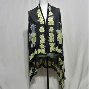 Tommy Bahama Yellow/Black Scarf/Wrap, Floral Print